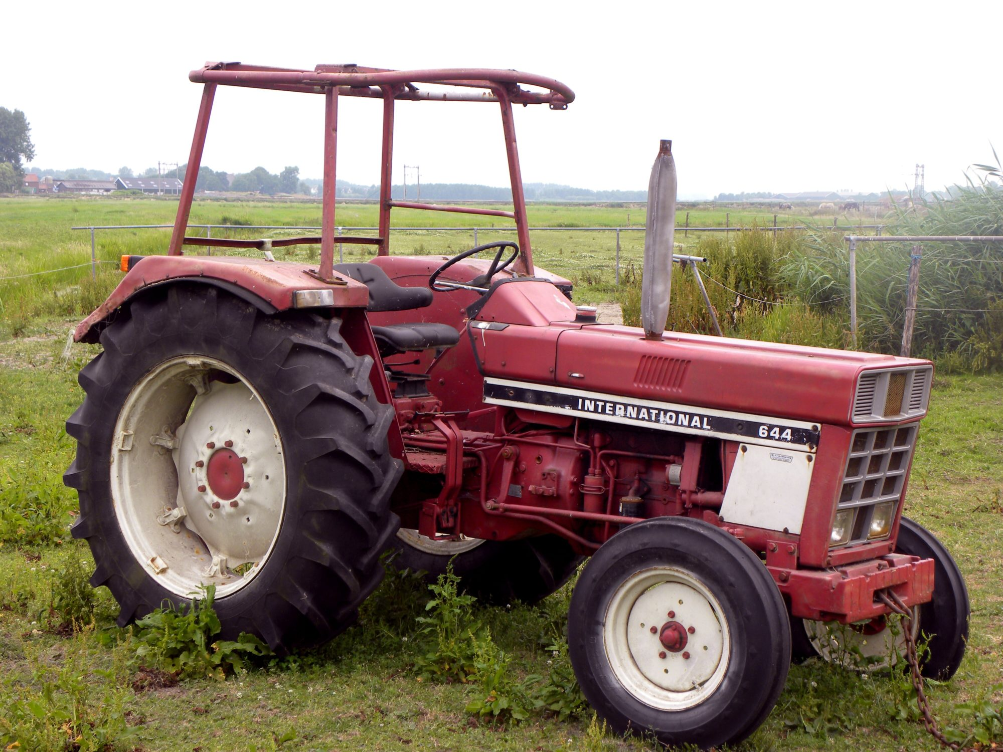 International harvester 644