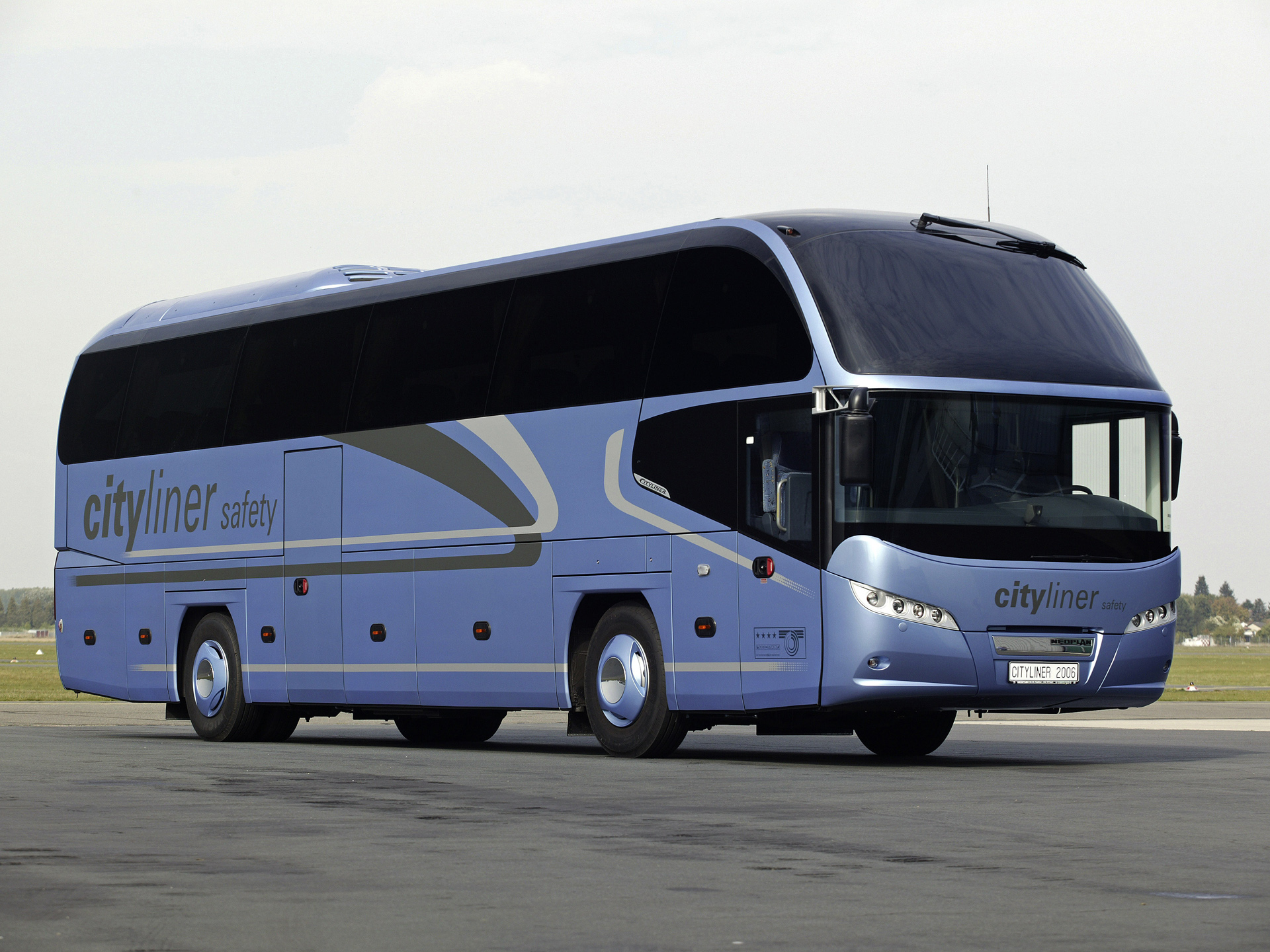 Neoplan tr