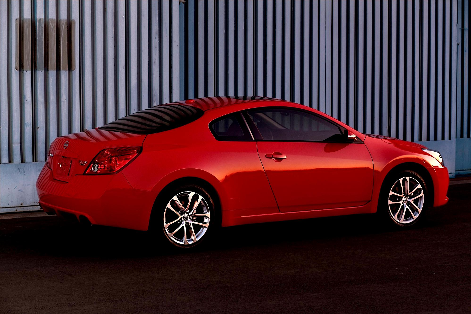 Nissan coupe