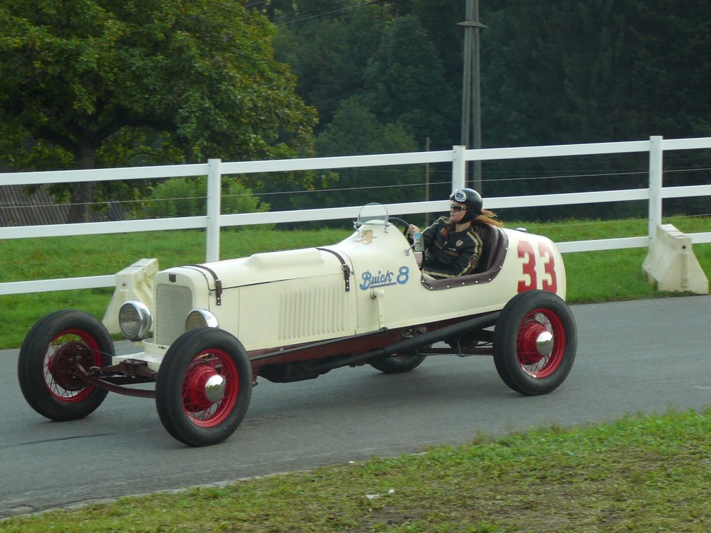 Buick racer photo - 3