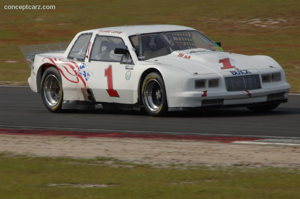Buick racer photo - 7