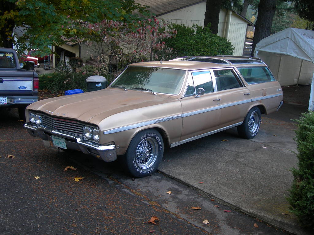 Buick sportwagon photo - 5