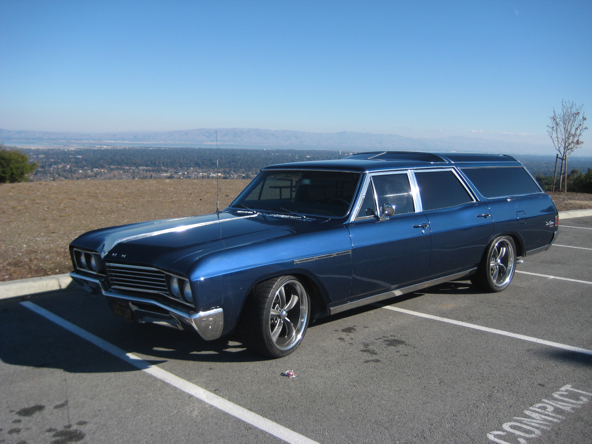Buick sportwagon photo - 8