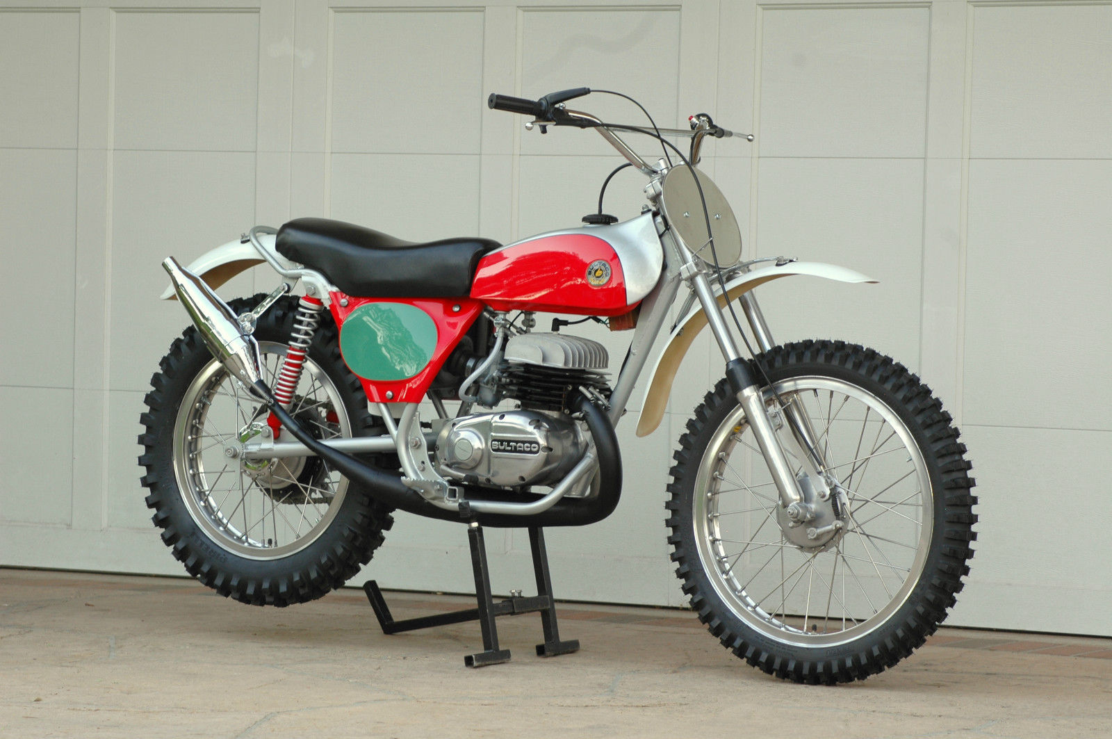 Bultaco pursang Photo and Video Review  Comments
