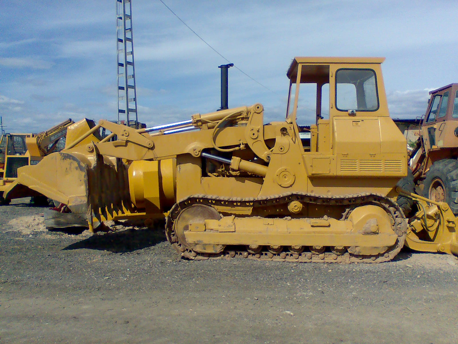 Caterpillar 955 photo - 10