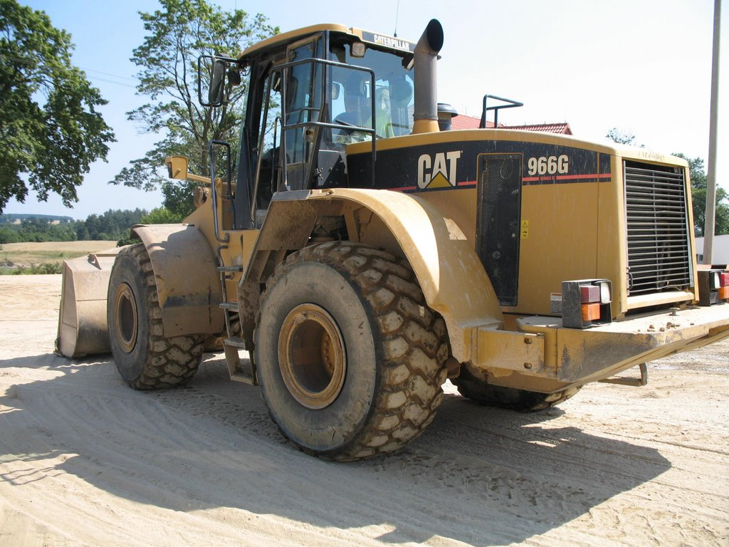 Caterpillar 966 photo - 6