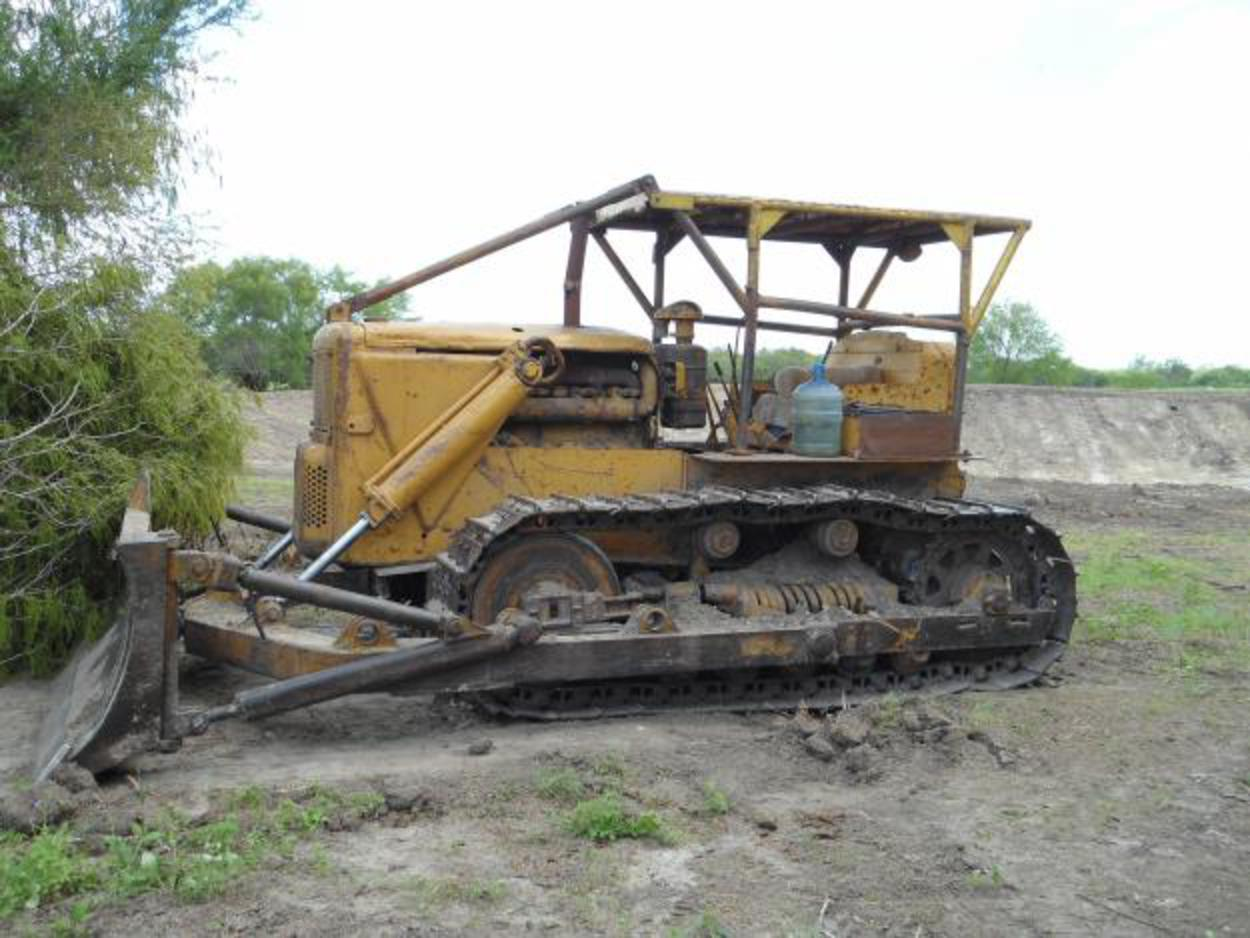 Caterpillar d7-17a photo - 2