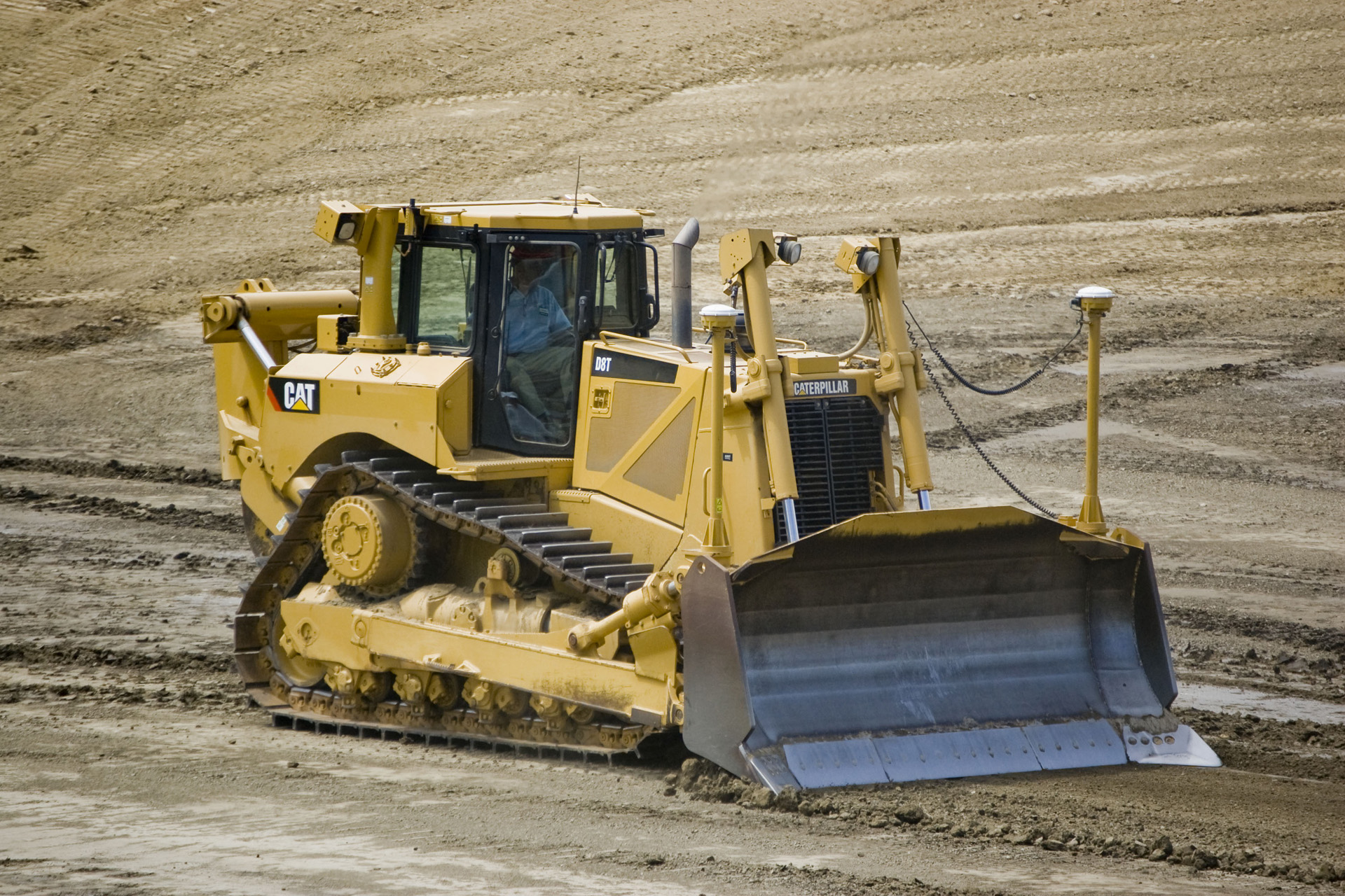 Caterpillar d8 Photo and Video Review  Comments