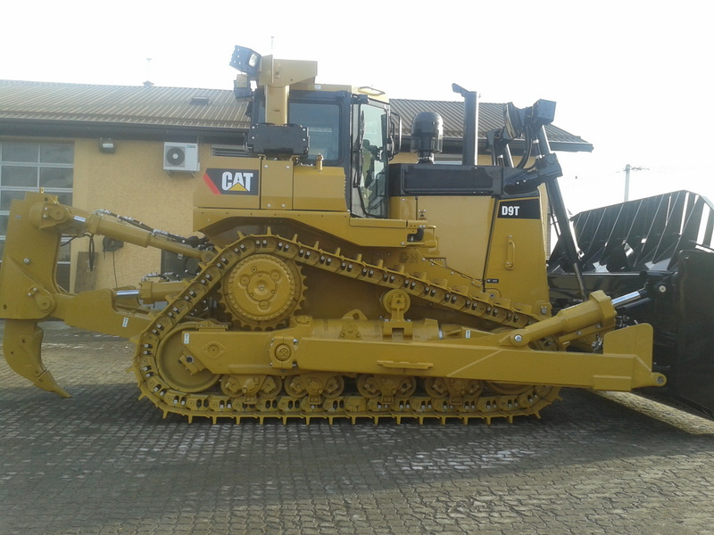 Caterpillar d9 photo - 10