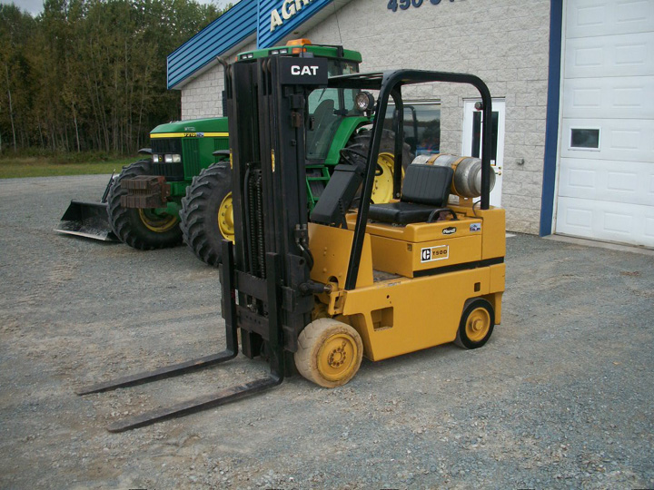 Caterpillar t50d photo - 1