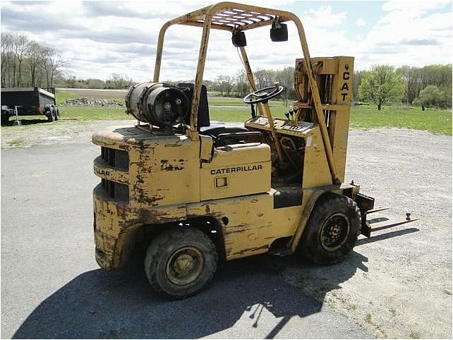 Caterpillar v50b photo - 2