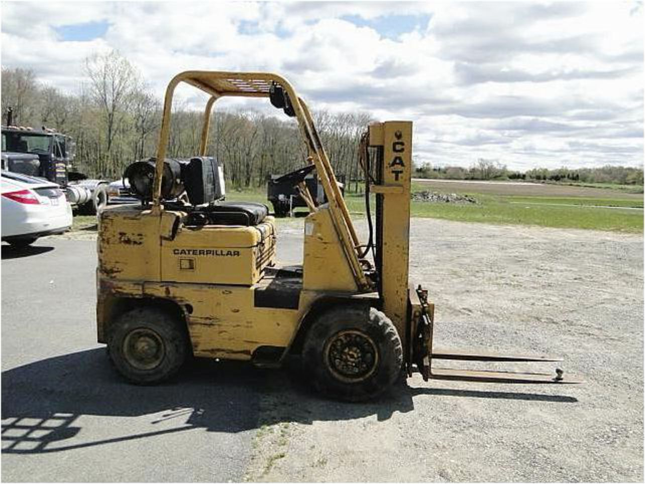 Caterpillar v50b photo - 8