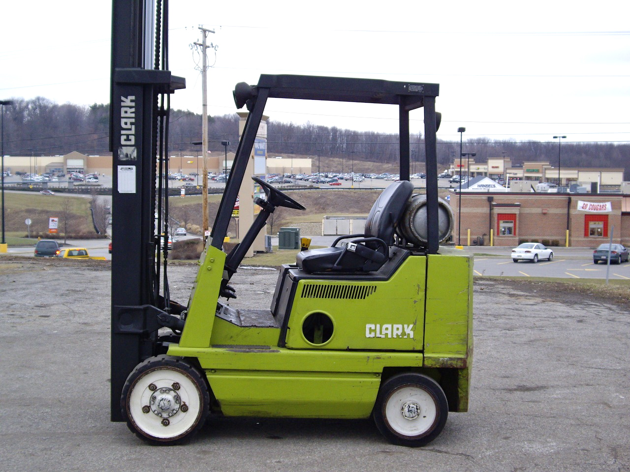 Clark forklift photo - 5