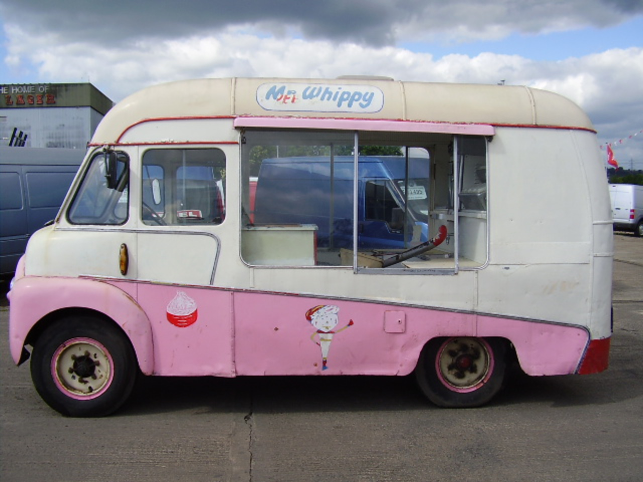 Commer bf photo - 2