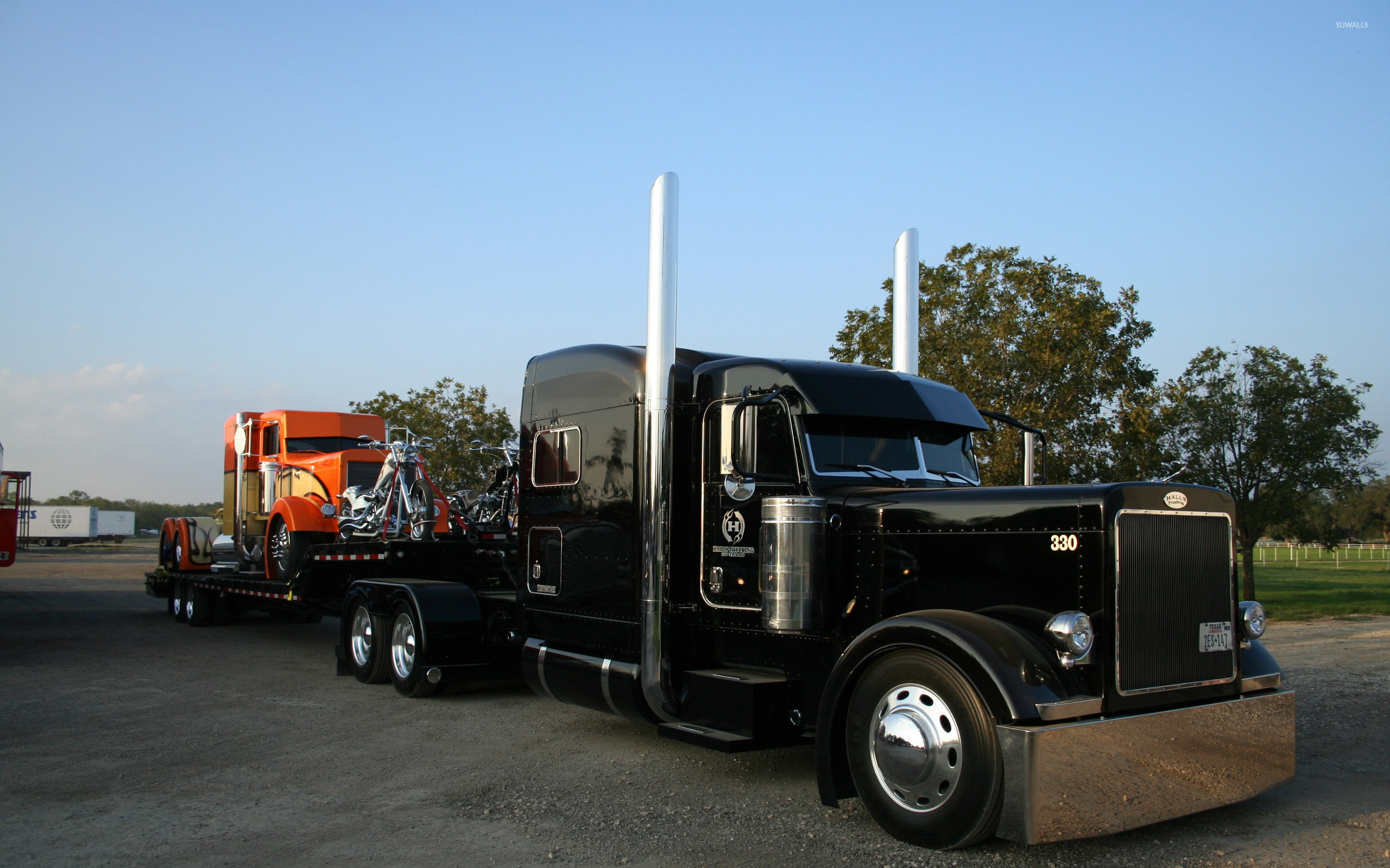 Custom made truck photo - 3
