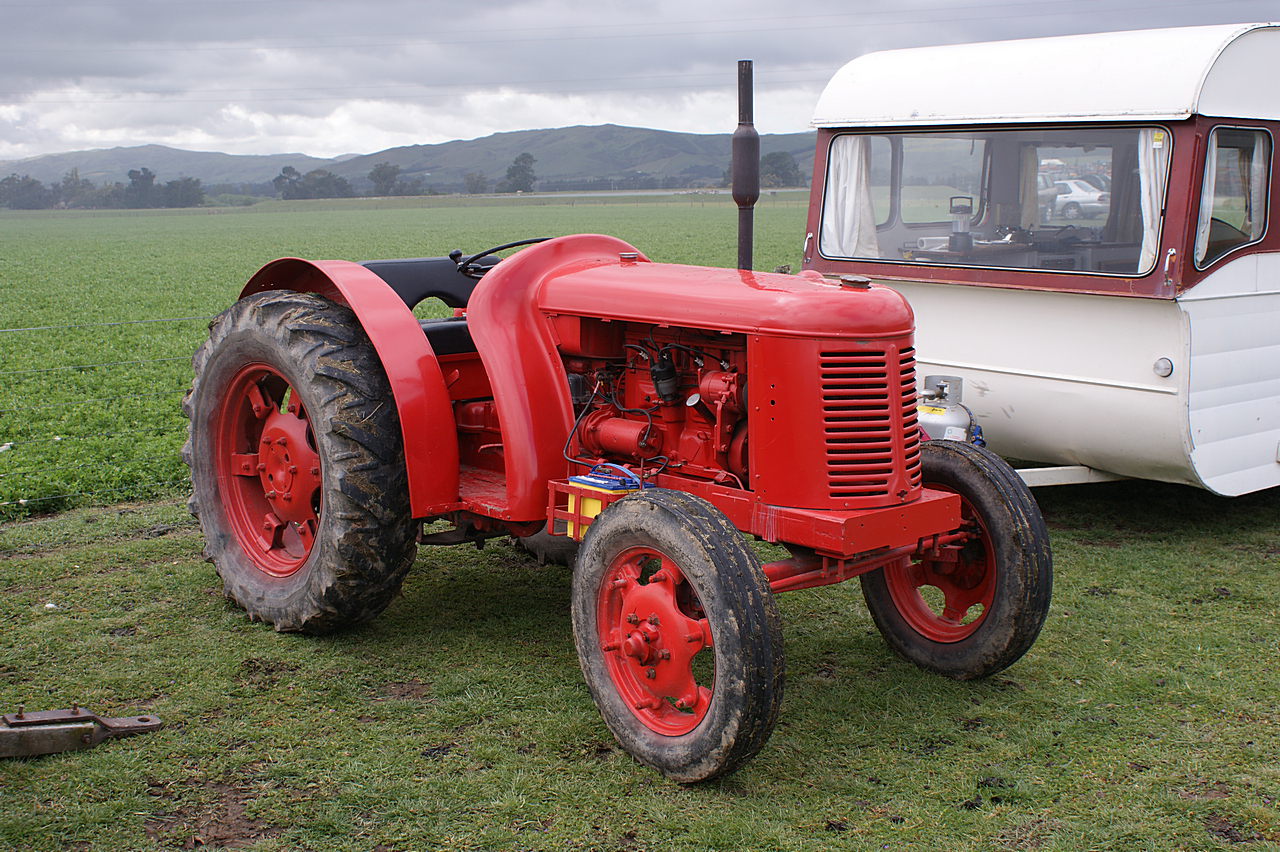 David brown tractor photo - 4