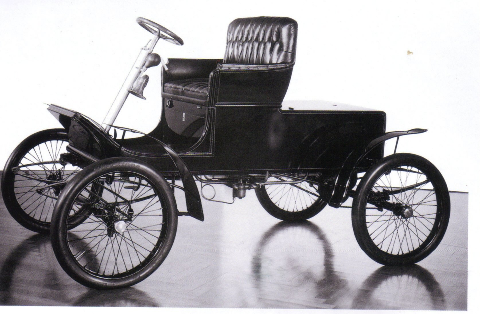 Ford 1900 photo - 6