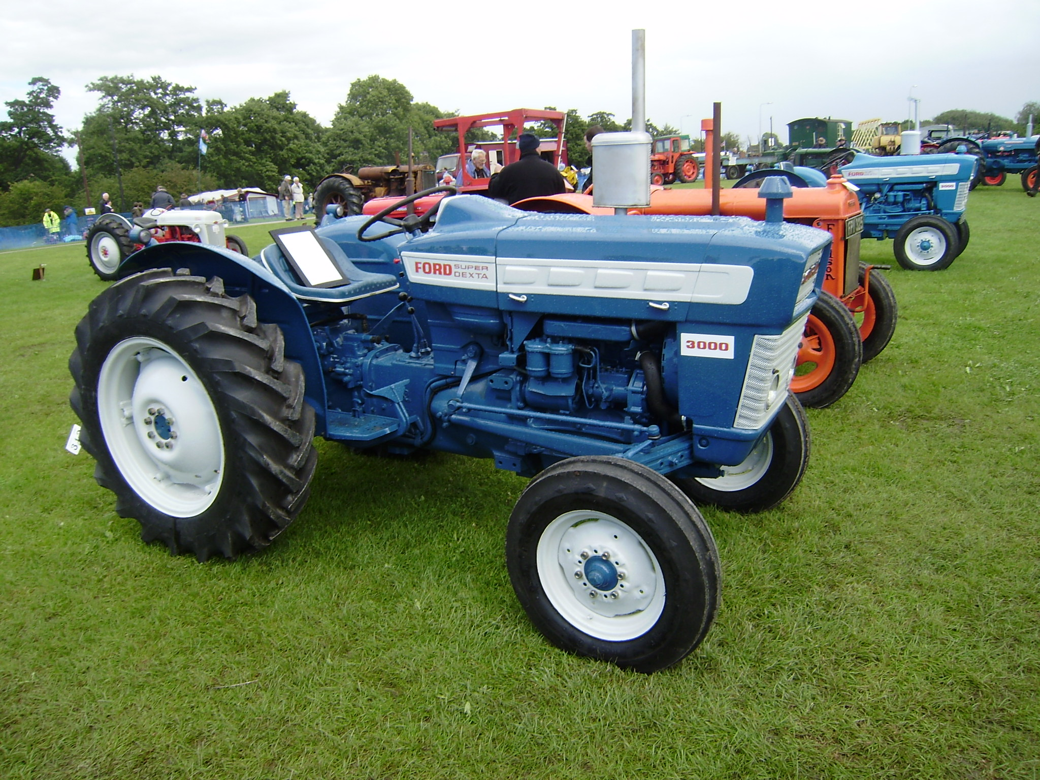 Ford 3000 photo - 10