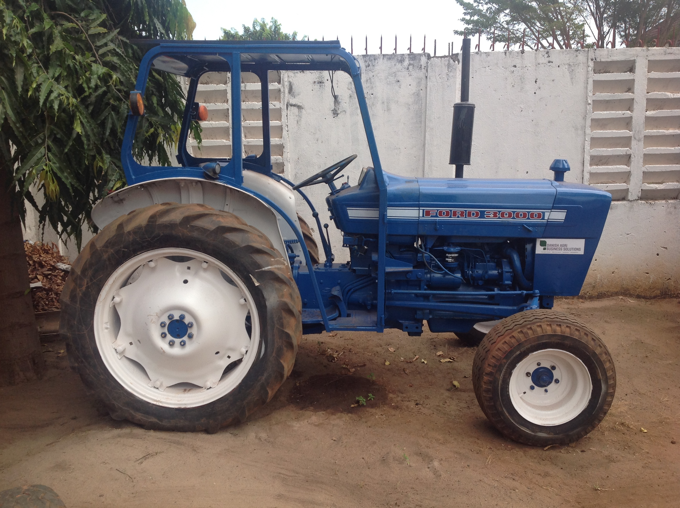 Ford 3000 photo - 3