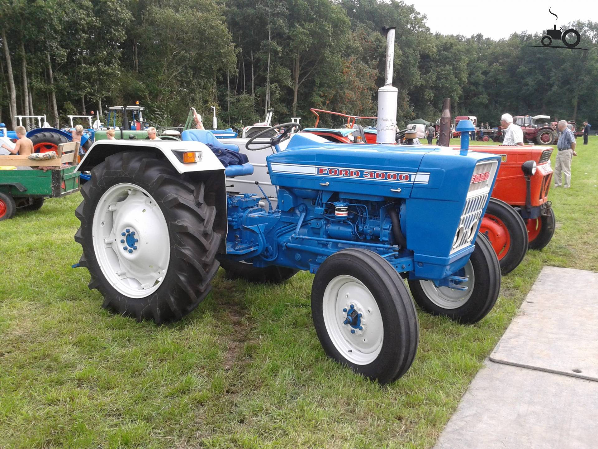 Ford 3000 photo - 4