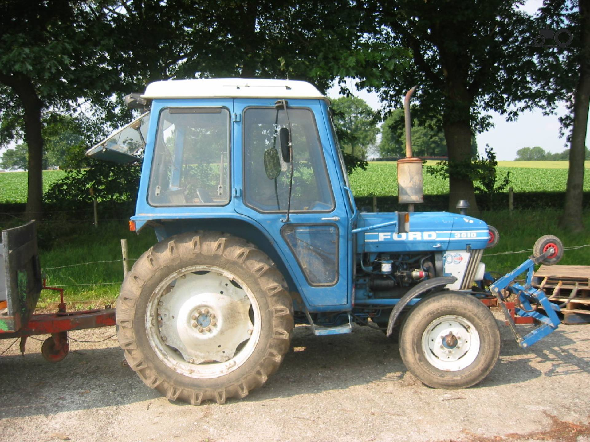 Ford 3610 photo - 10