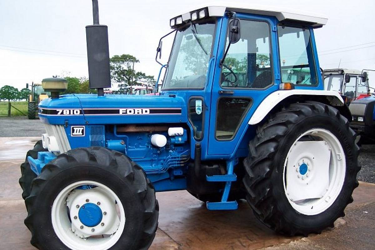 Ford 7810 photo - 2