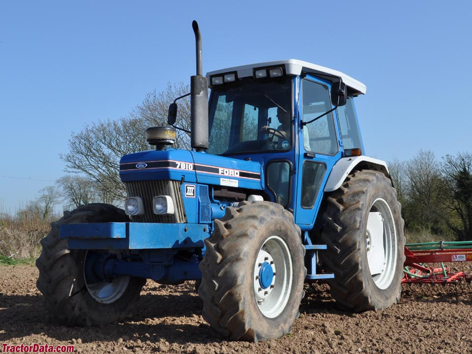 Ford 7810 photo - 6