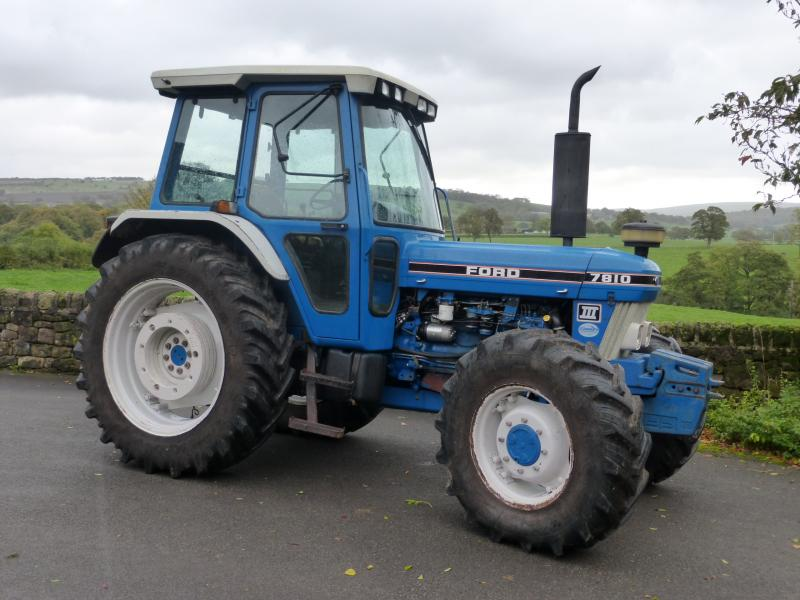 Ford 7810 photo - 7