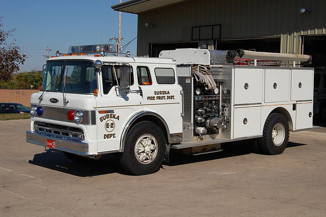 Ford c-8000 photo - 7