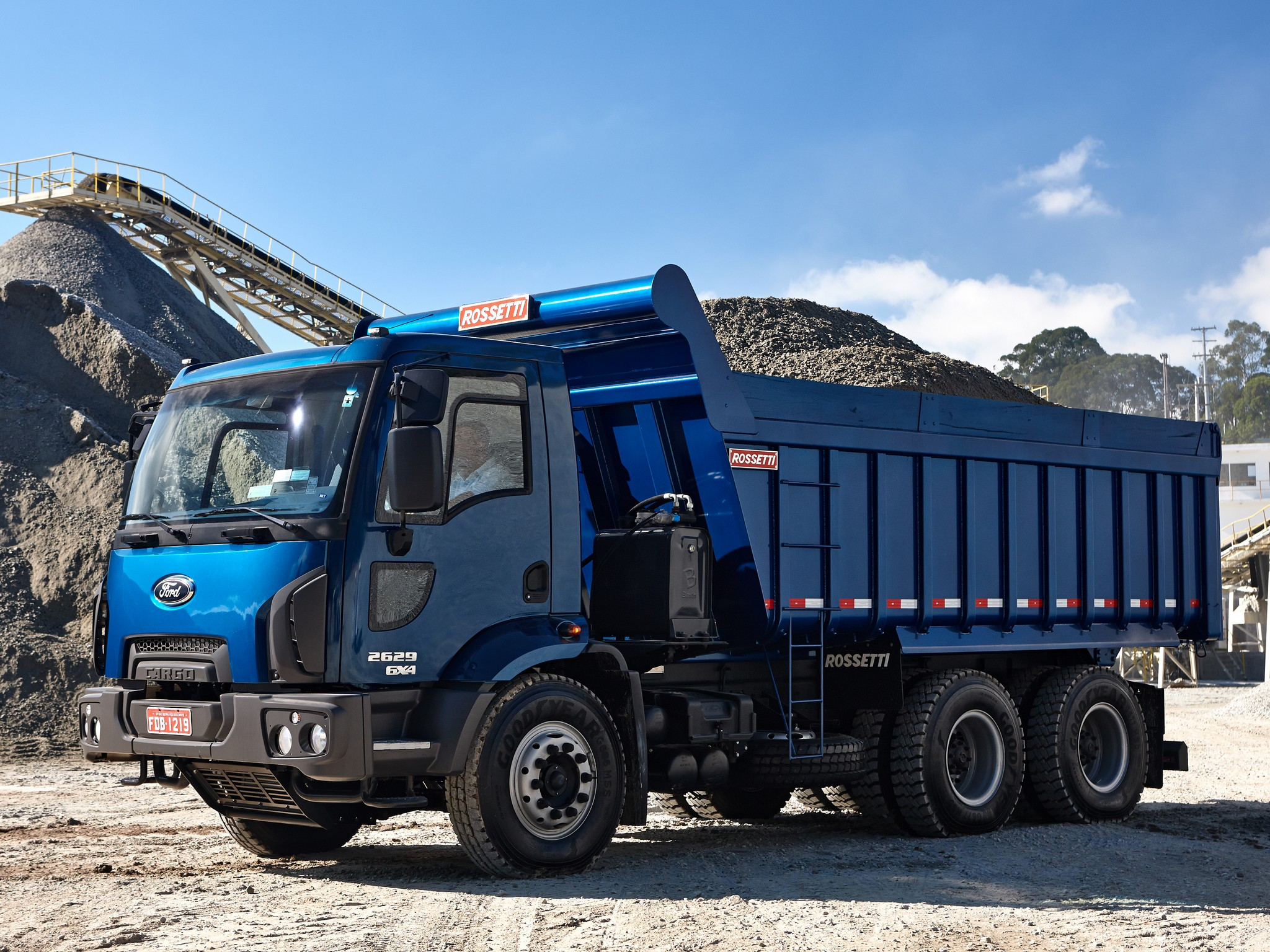 Ford cargo photo - 7