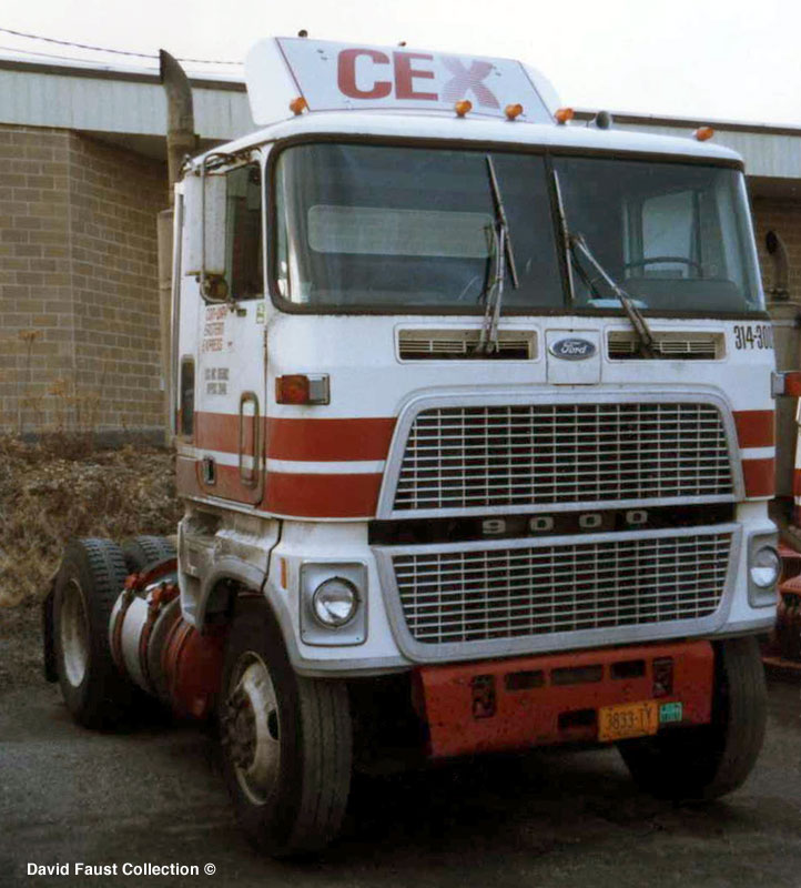 Ford cl9000 photo - 4
