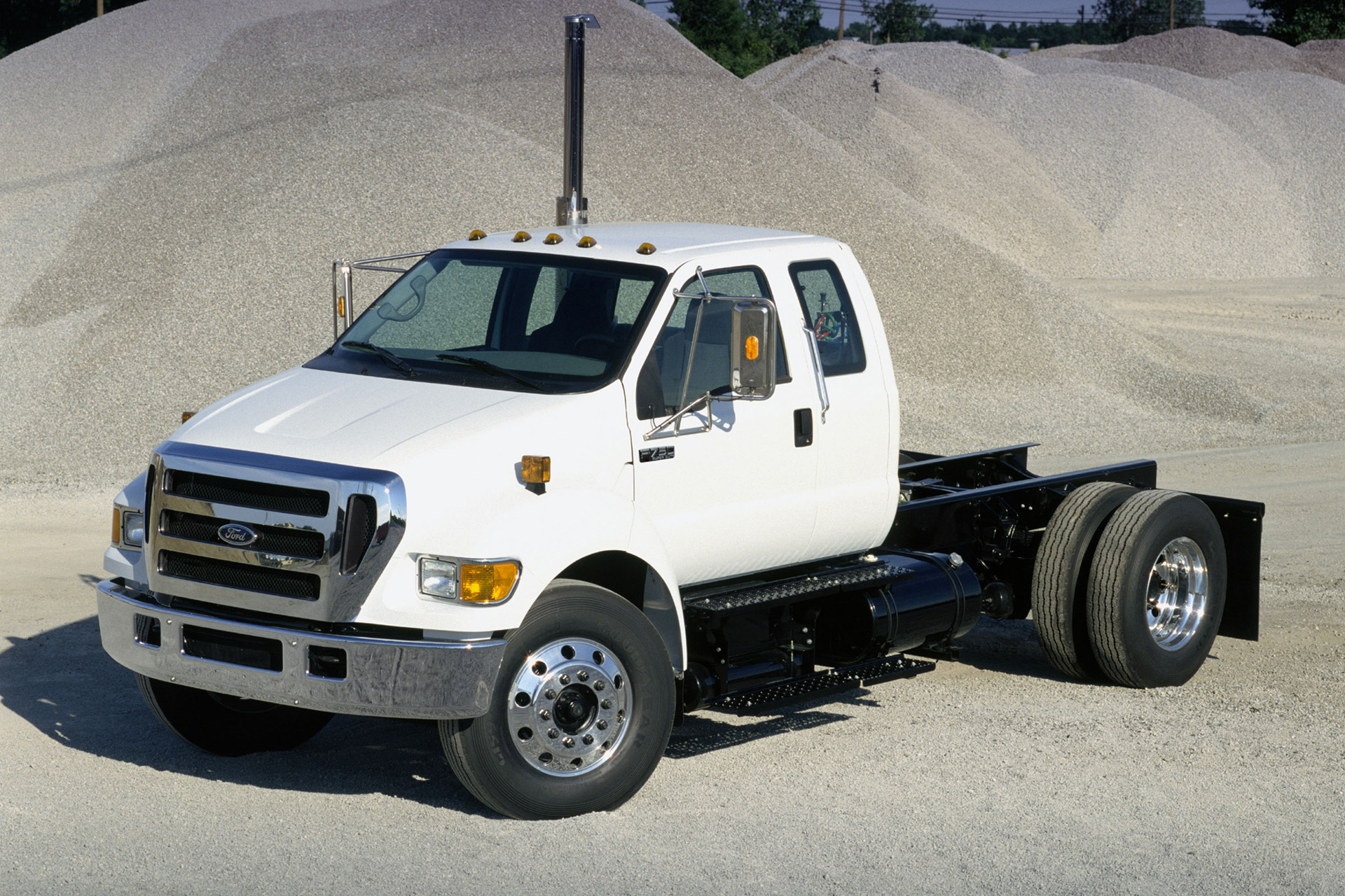 Ford d-750 photo - 4