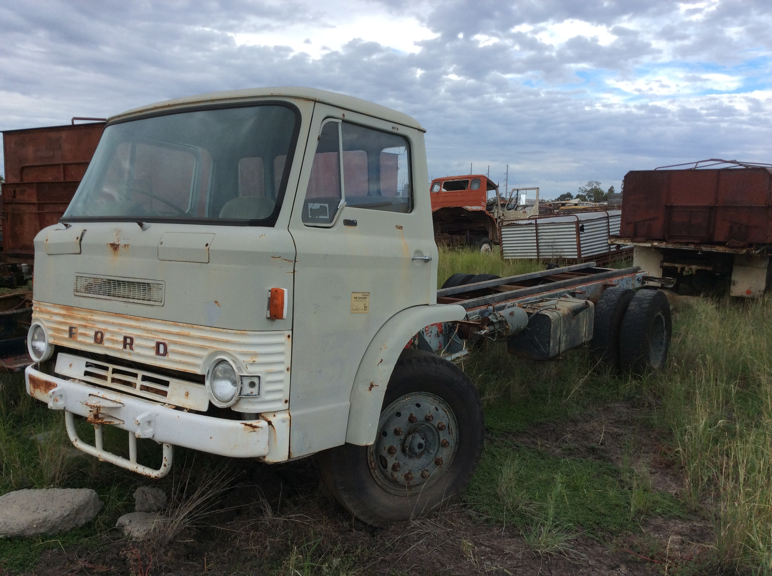 Ford d-series photo - 3