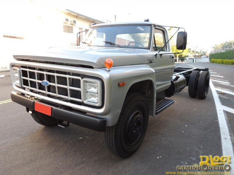 Ford f-11000 photo - 3