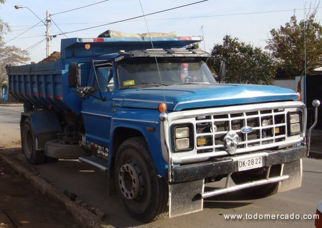 Ford f-14000 photo - 3