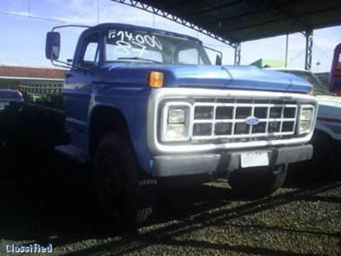 Ford f-14000 photo - 9