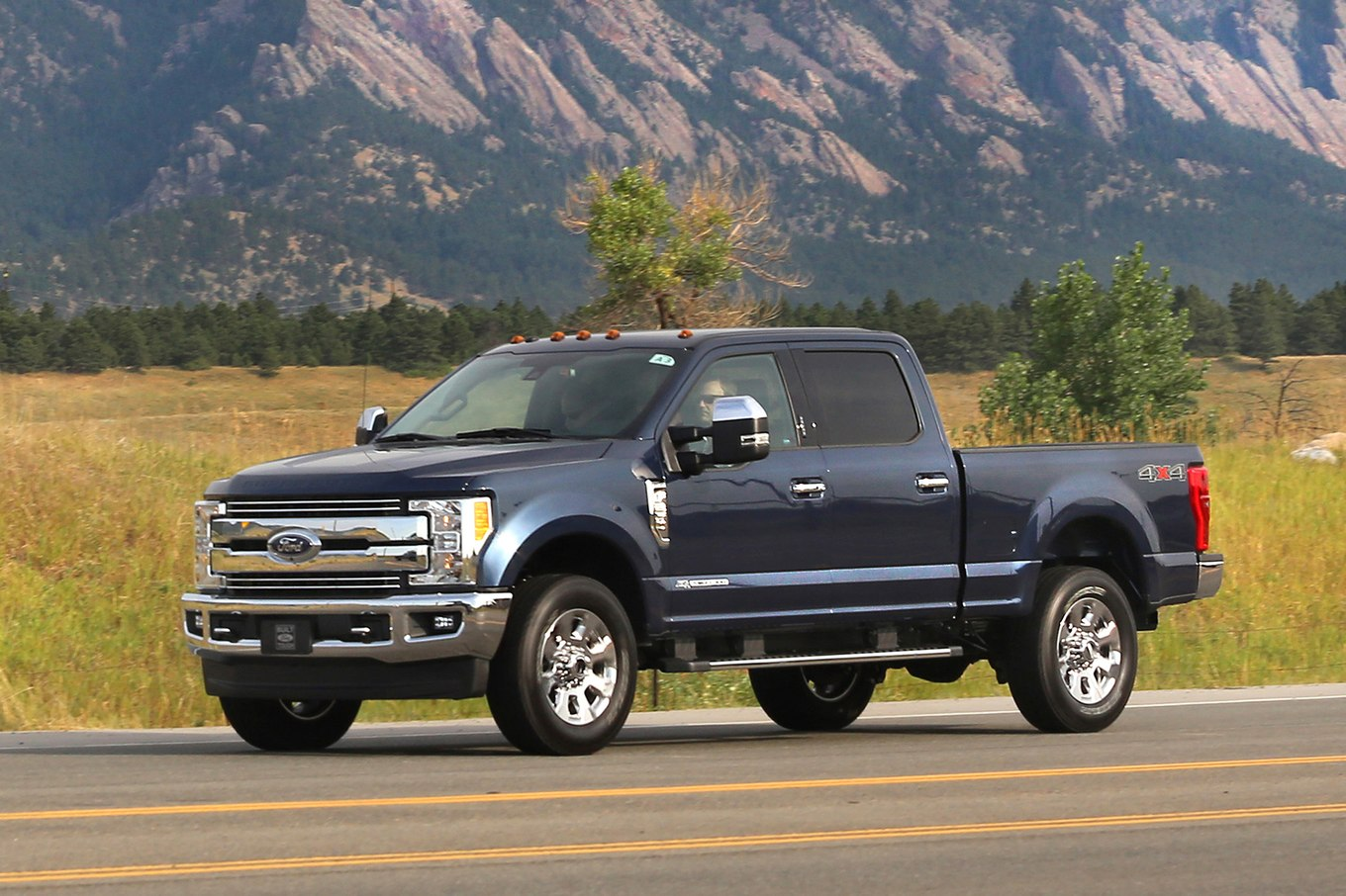 Ford f-250 photo - 2