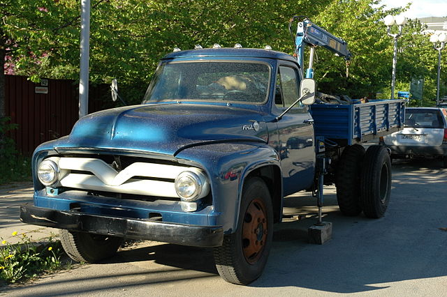Ford f-620 photo - 10