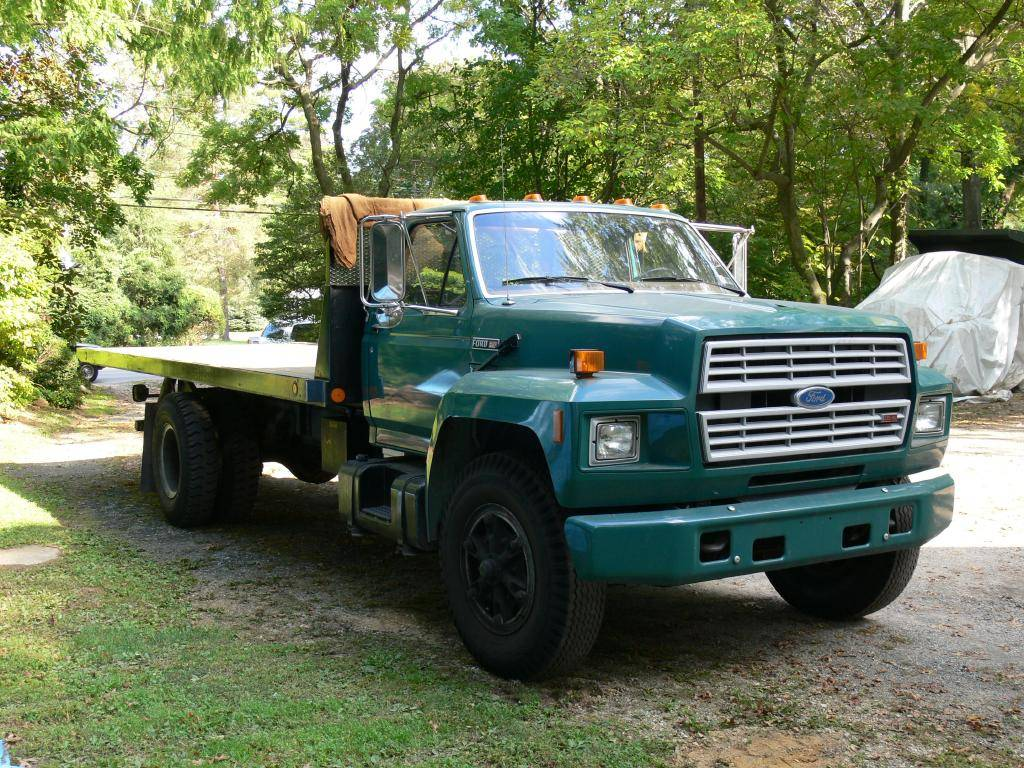 Ford f-700 photo - 9