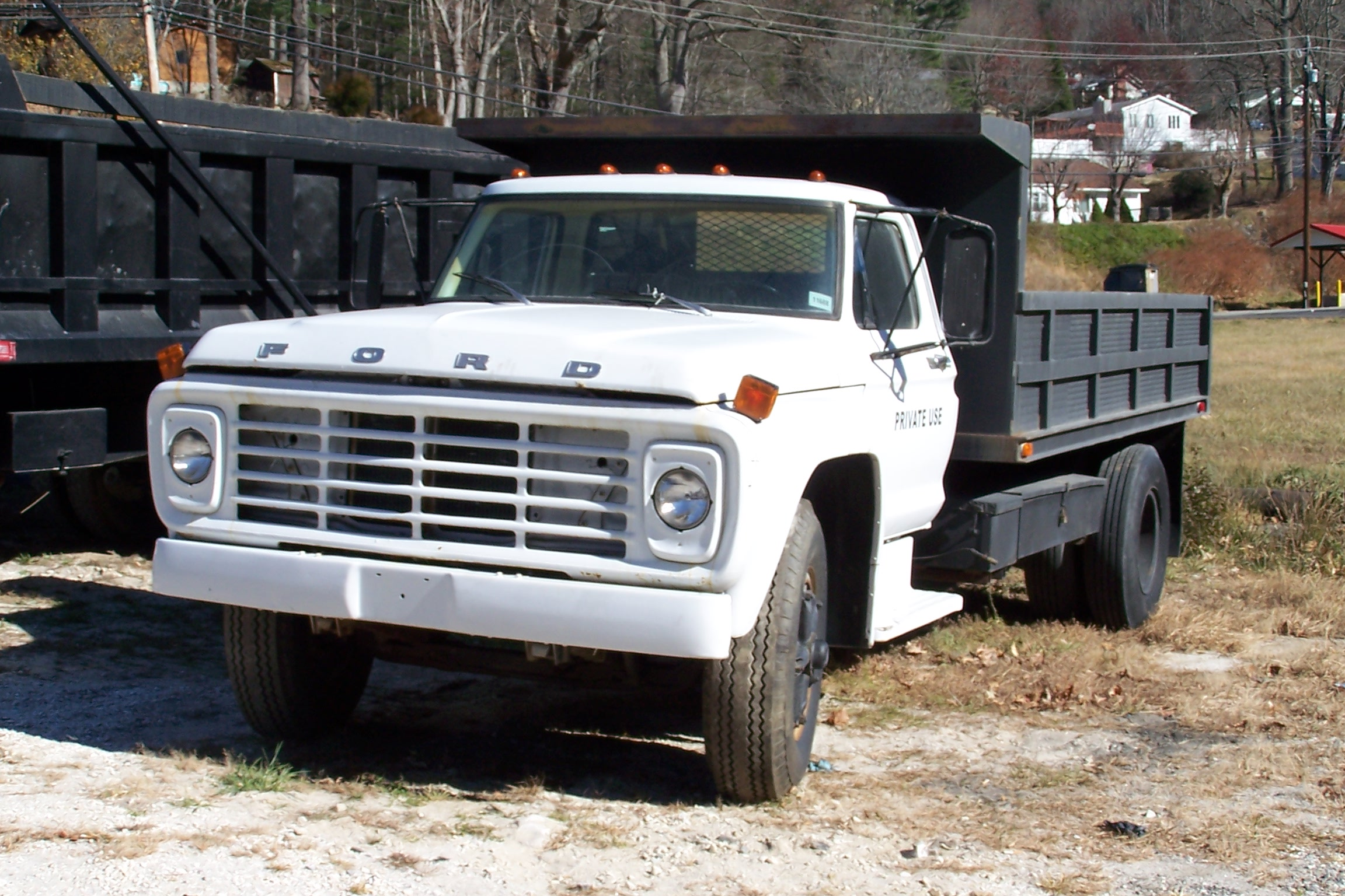 Ford f-7000 photo - 1