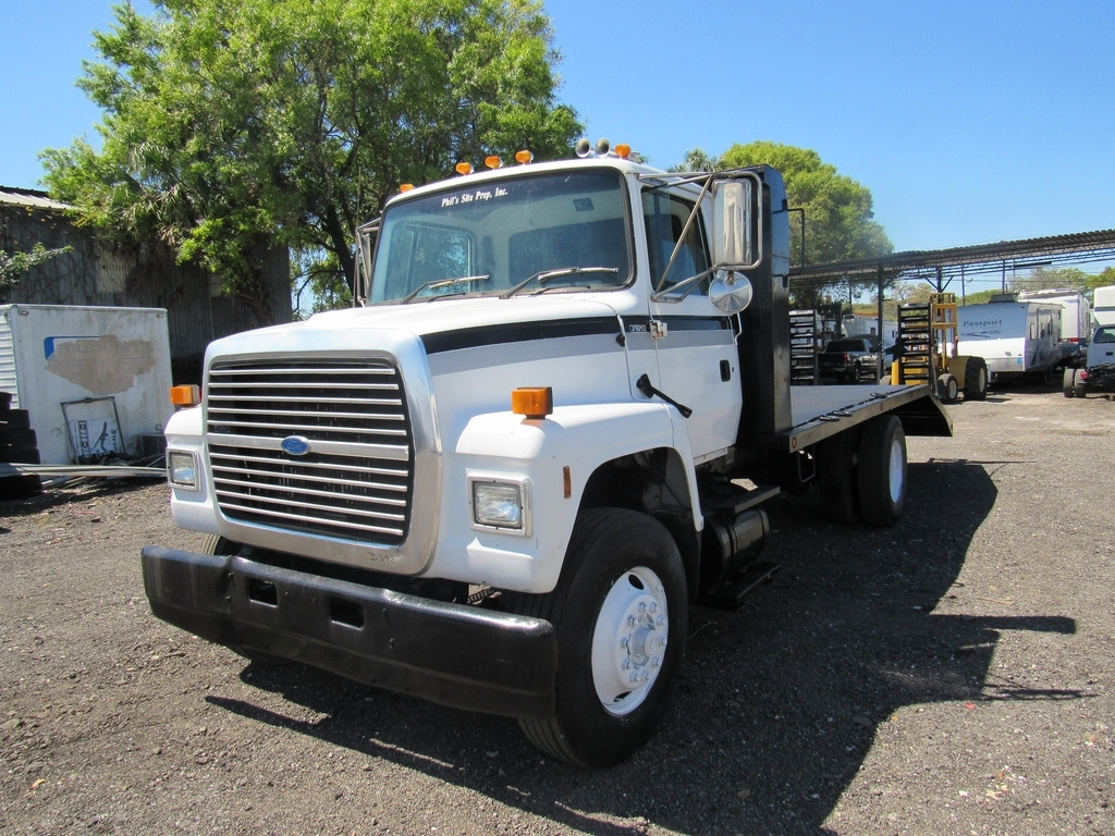 Ford f-7000 photo - 10