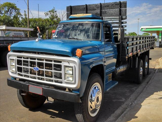 Ford f-7000 photo - 6