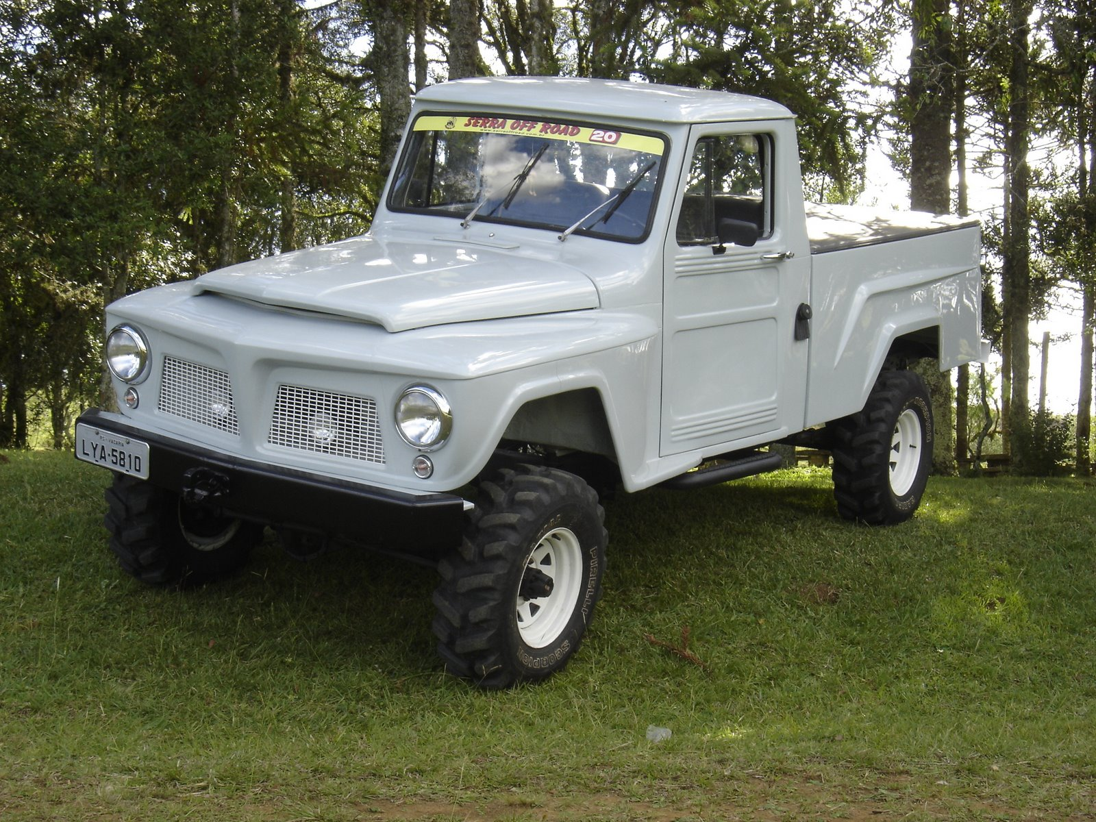Ford f-75 photo - 1