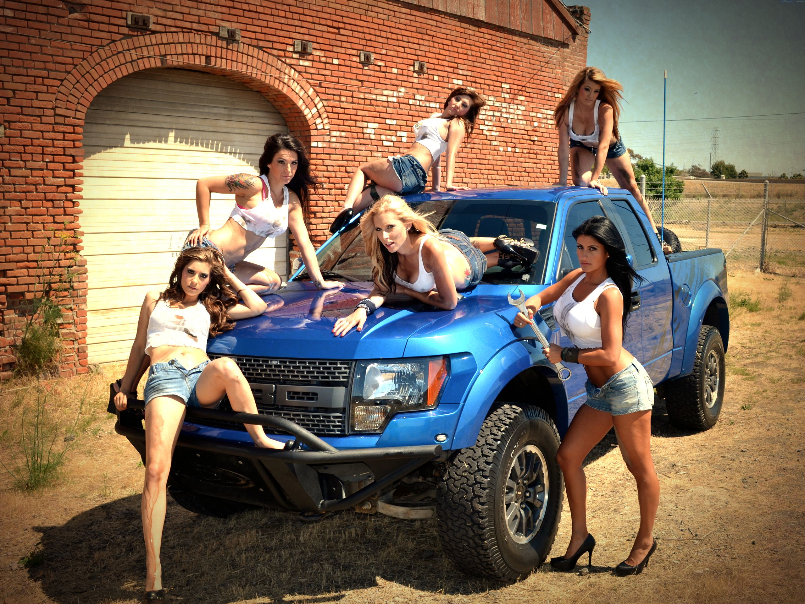 Ford hot photo - 1