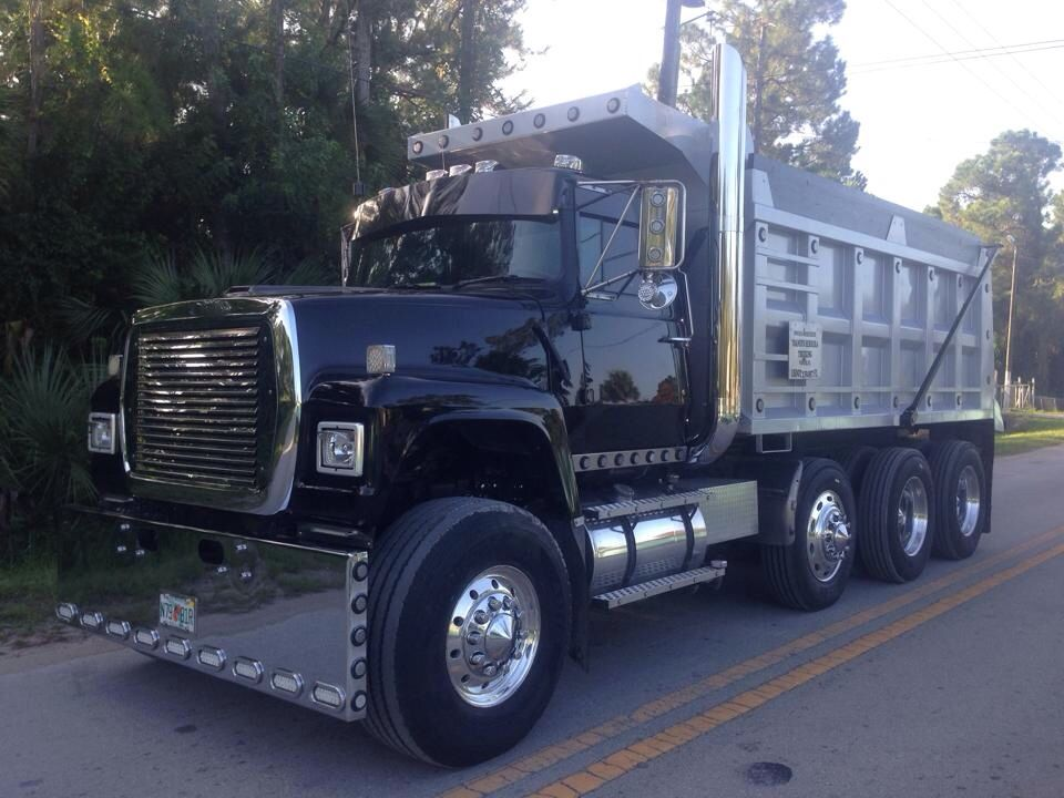 Ford l9000 photo - 1