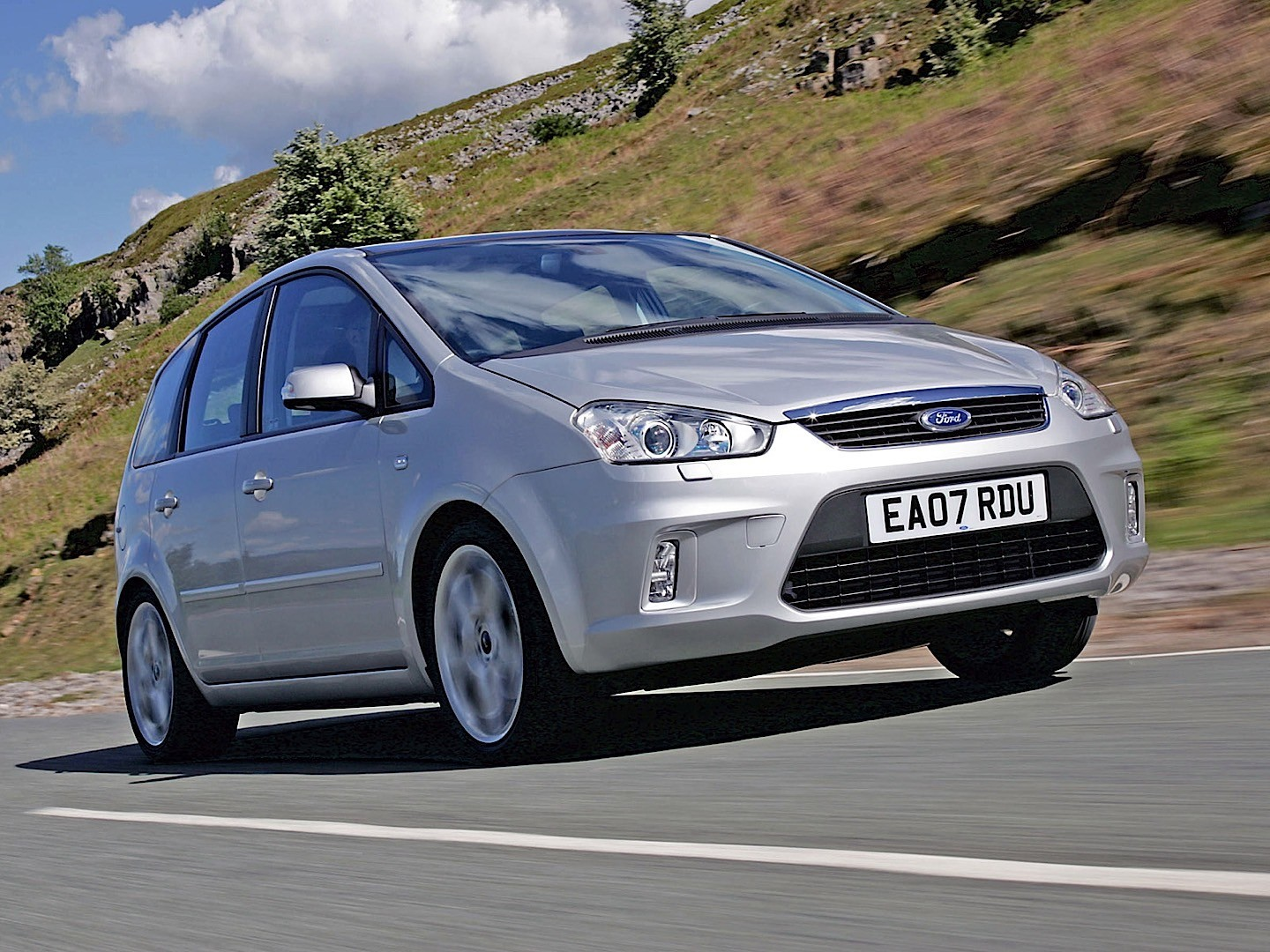 Ford max photo - 2