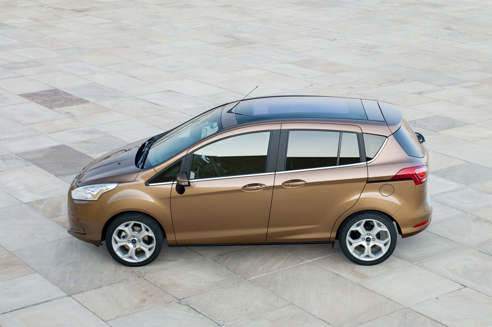 Ford max photo - 9