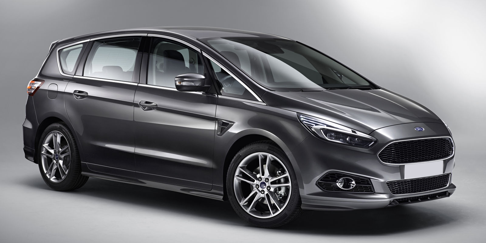 Ford s-max photo - 10