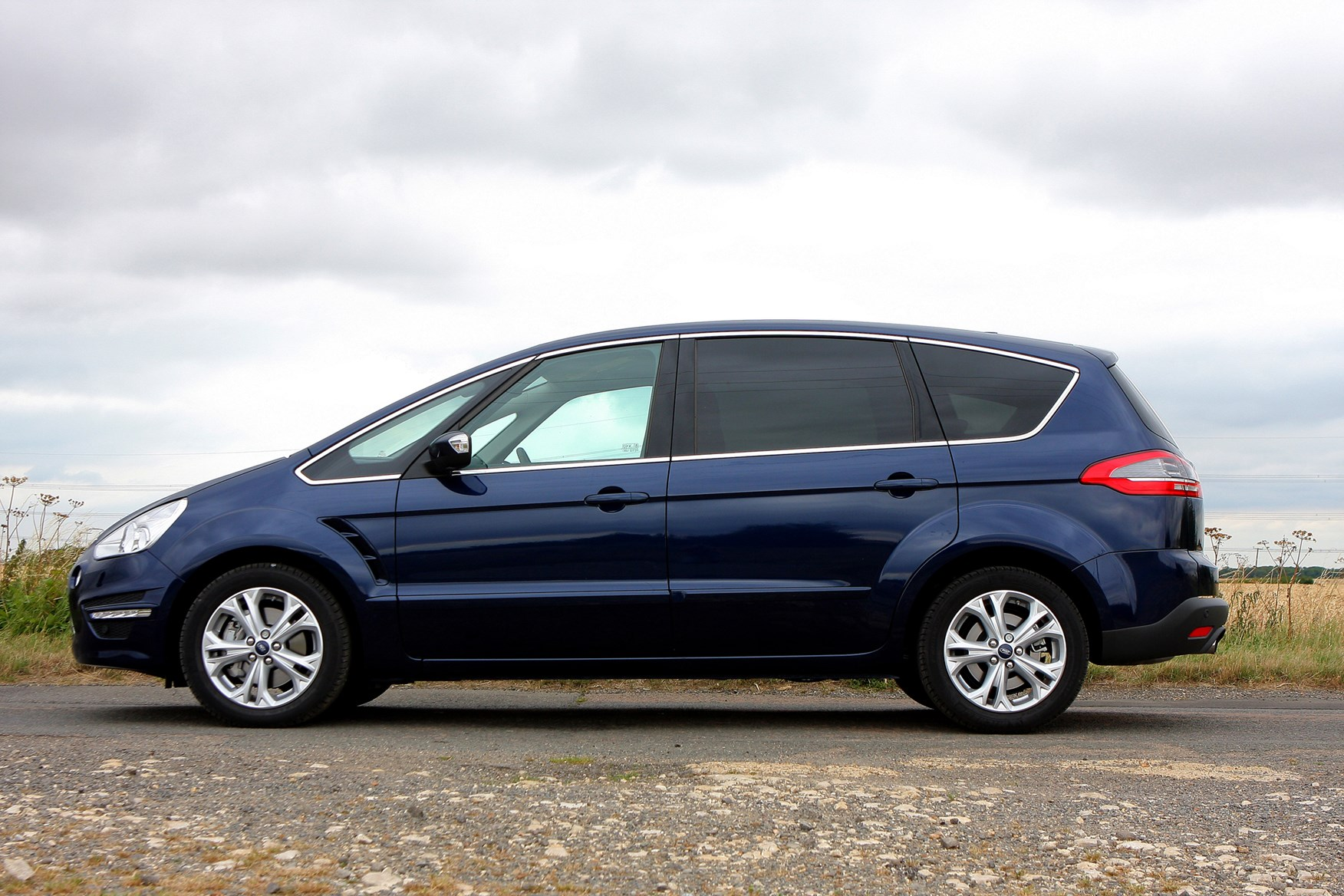 Ford s-max photo - 8