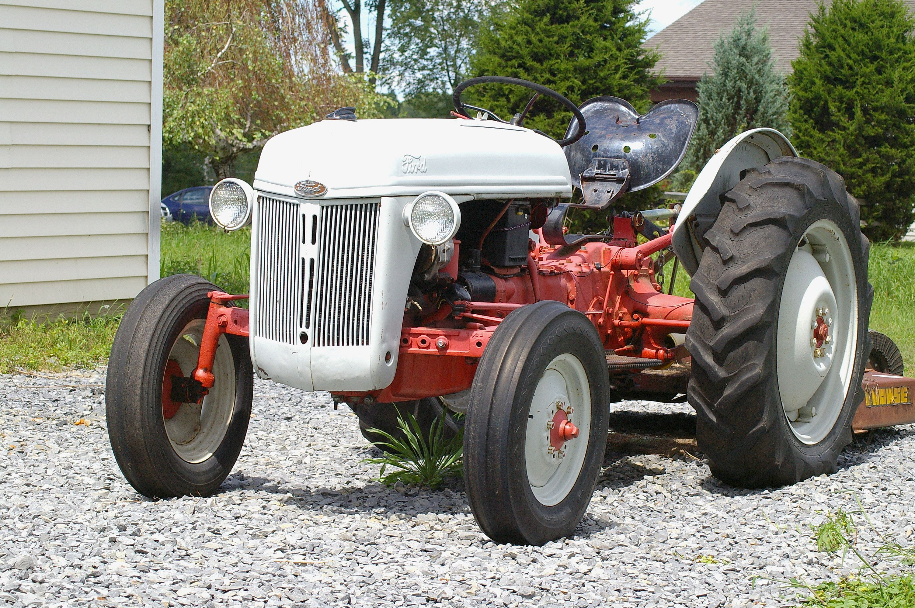 Ford tractor photo - 6